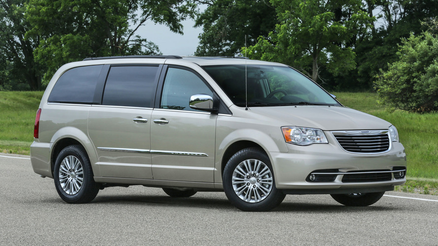 2017 chrysler town country to cost approximately 26 000. Black Bedroom Furniture Sets. Home Design Ideas