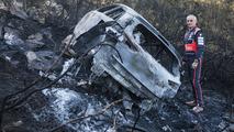 The burnt remains of the car of Hayden Paddon, John Kennard, Hyundai i20 WRC, Hyundai Motorsport