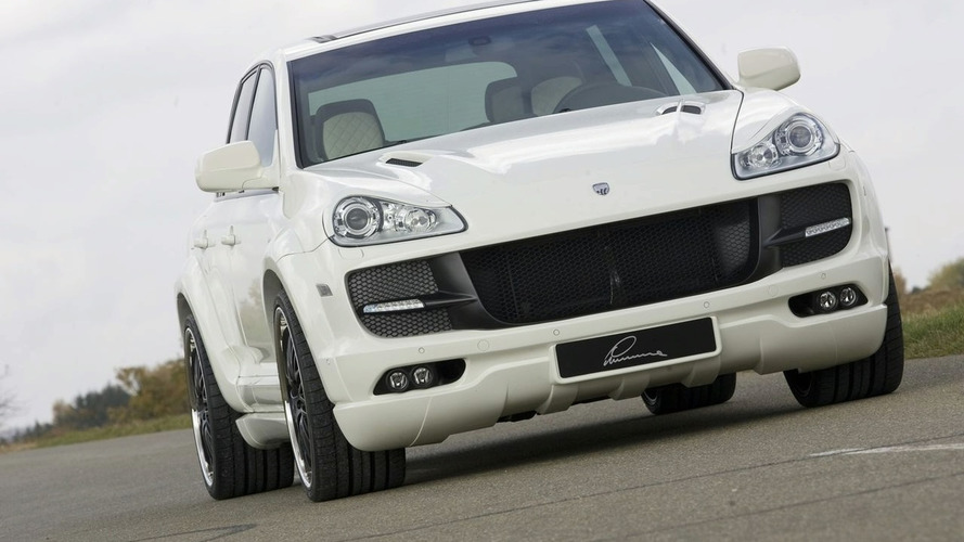 LUMMA Design CLR 550 R Based on Porsche Cayenne Facelift Debuts at Essen