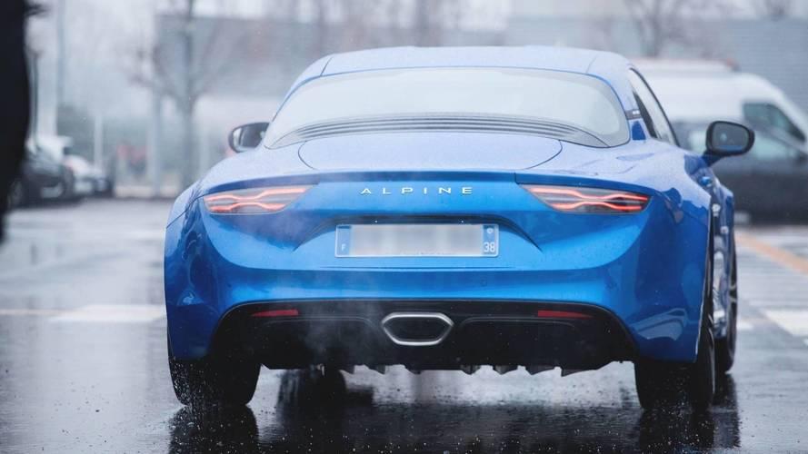 Les nouvelles versions de l'Alpine A110 dévoilées — Salon de Genève