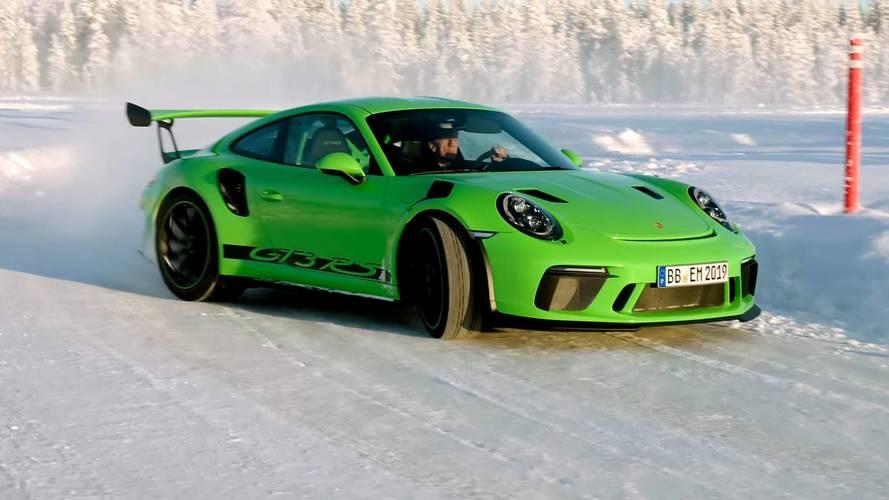 Porsche 911 GT3 RS On Ice