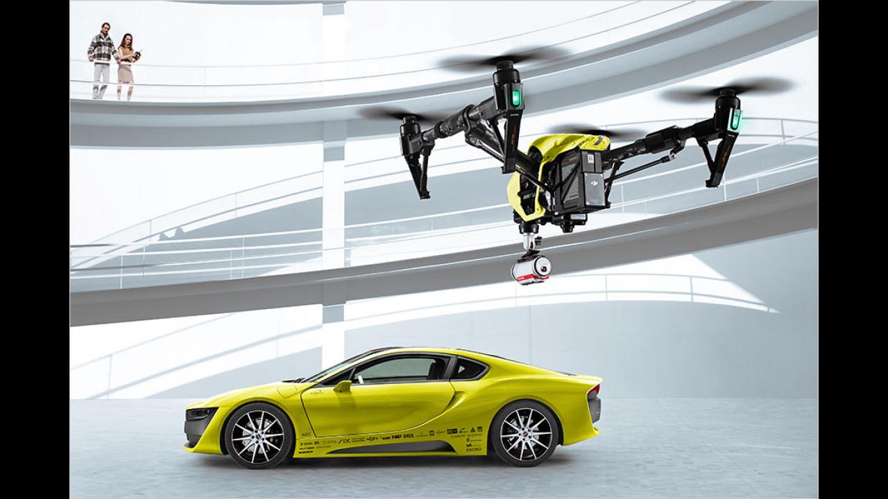 Selbstfahrend und mit Drohne im Heck