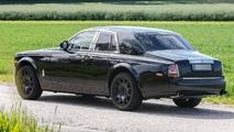 Rolls-Royce crossover mule spy photo
