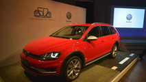 2017 Volkswagen Golf SportWagen at 2015 New York Auto Show