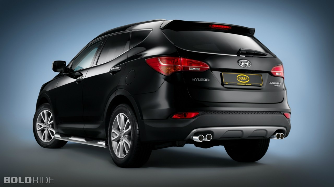 Cobra Technology and Lifestyle Hyundai Santa Fe