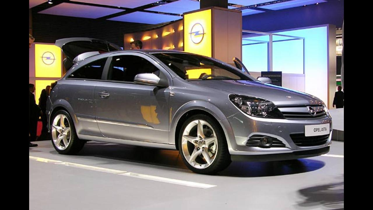 Opel Astra GTC und Caravan