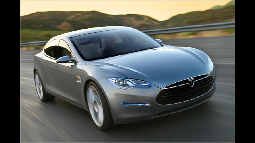 Blick ins Cockpit des Tesla Model S