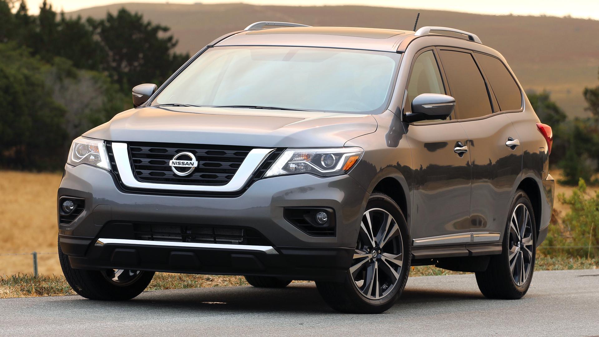 nissan for vehicles qatar title pathfinder living sale
