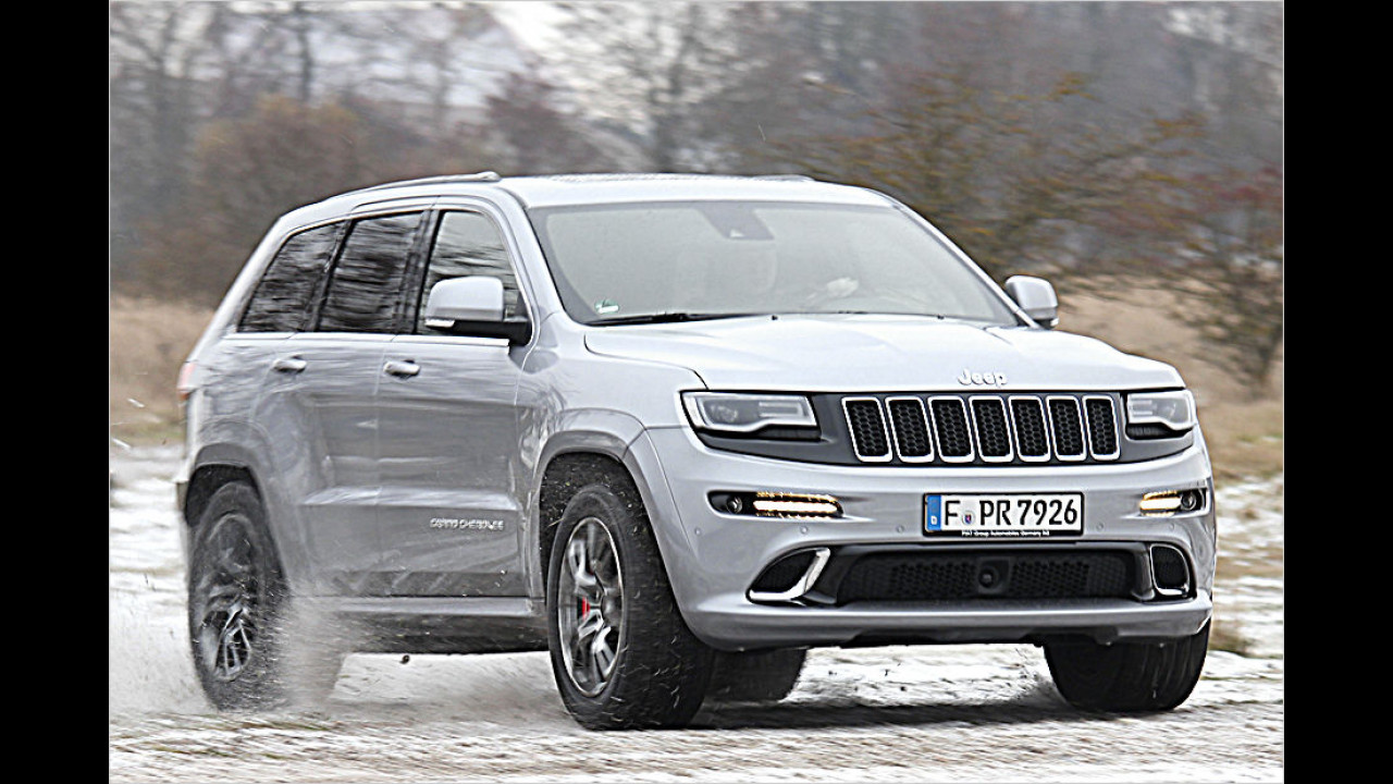 Platz 3: 468 PS im Jeep Grand Cherokee SRT