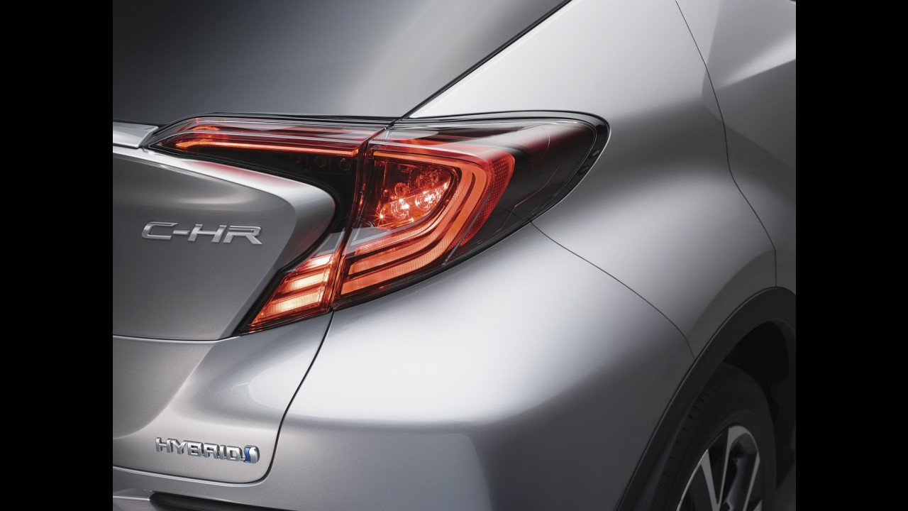 Revelado! Este é o C-HR, o ousado SUV compacto da Toyota