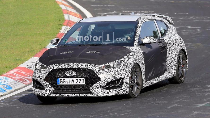 Flagra - Novo Hyundai Veloster terá versão realmente esportiva