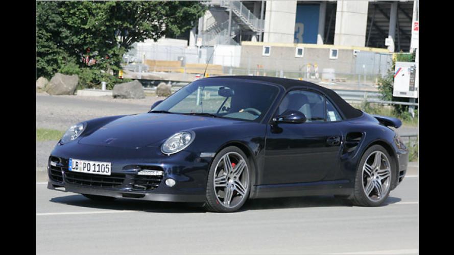 Fast ungetarnt: Erlkönig vom Porsche 911 Turbo Cabriolet