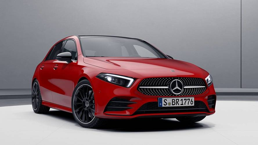 2019 mercedes cla makes brief apperance in front of spy camera. Black Bedroom Furniture Sets. Home Design Ideas