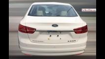 Flagra: novo Ford Escort aparece pronto para ir às vendas