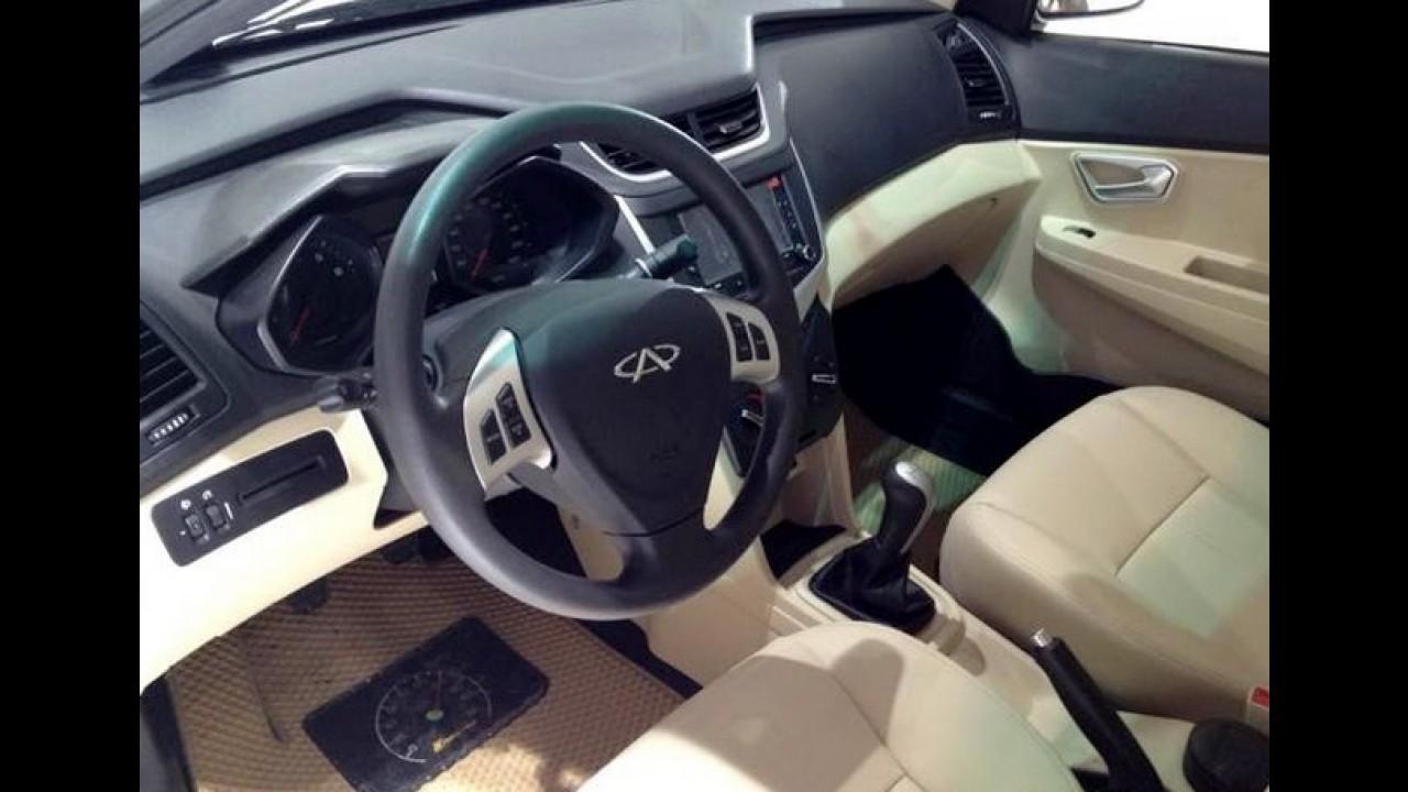 Chery Celer muda por dentro e por fora na China - Modelo será produzido aqui até 2014