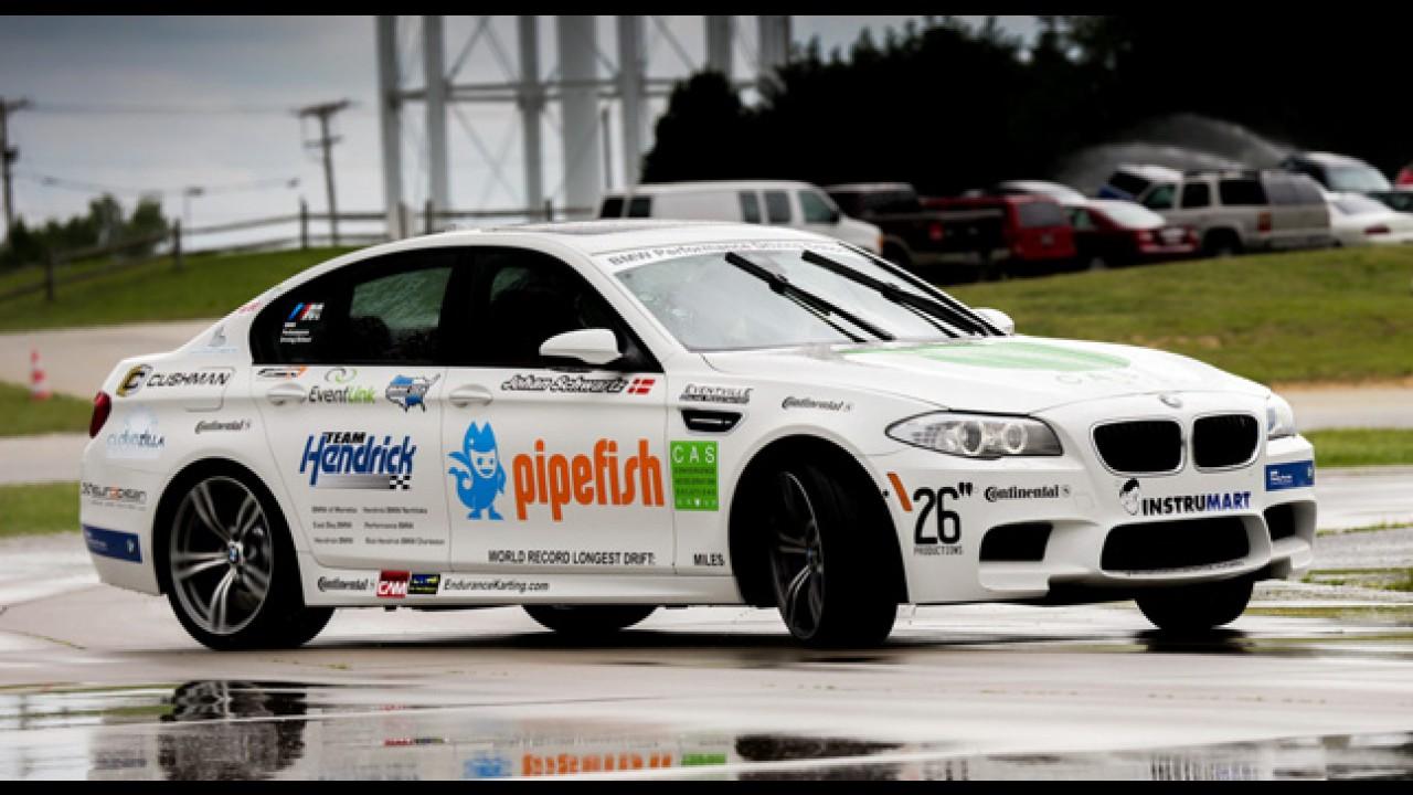 Instrutor de direção da BMW esmaga recorde de drift com um M5