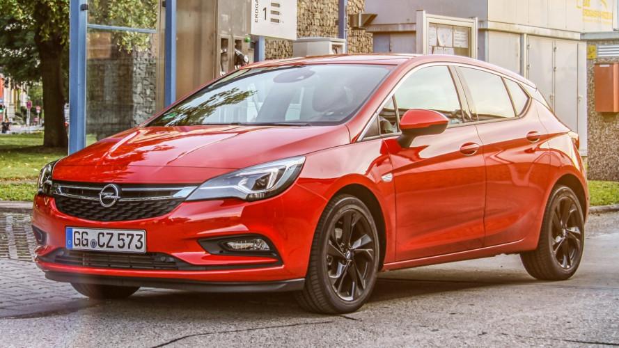 Opel Astra ecoM, a metano costa 23.300 euro