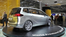 Opel Zafira Concept takes center stage at Geneva
