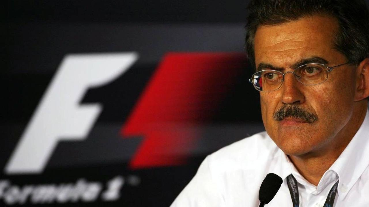Dr. Mario Theissen (GER), BMW Sauber F1 Team, Singapore Grand Prix, Friday Press Conference, 25.09.2009 Singapore