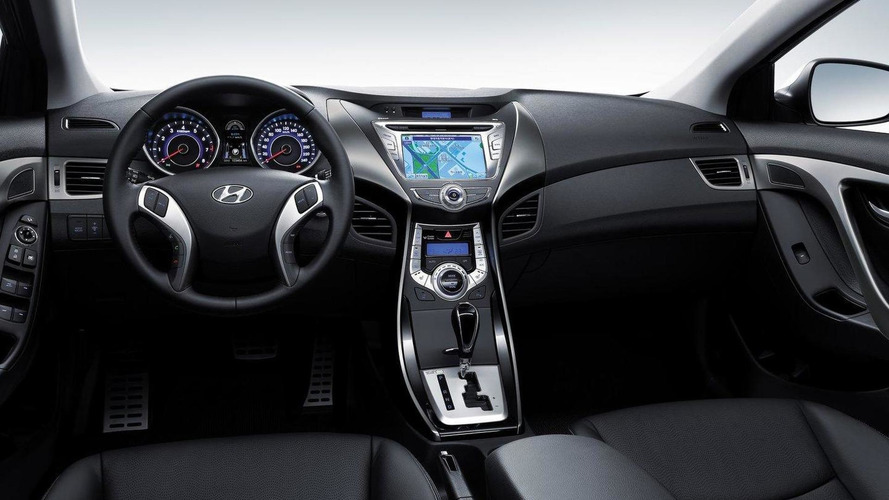Hyundai releases first interior shot of all-new 2011 Elantra / Avante