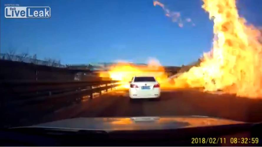 Hell On Earth: Tanker Truck Crashes; Spilled LPG Catches Fire