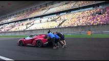 Lamborghini Veneno Roadster al raduno hypercar più grande di sempre 005