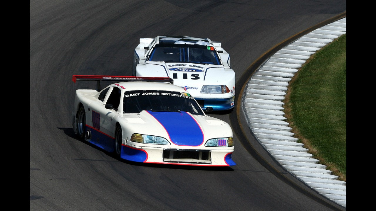 Ford Mustang Race Car