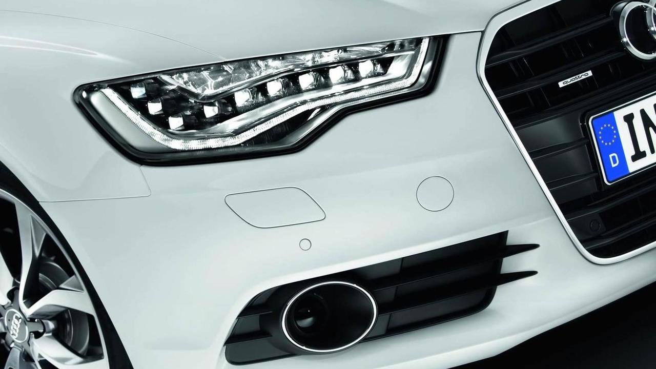 2013 Audi A6 Avant with LED headlights