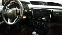 Toyota Hilux 2016: novas imagens revelam detalhes inéditos do interior