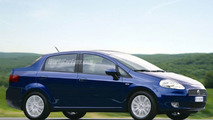 SPY PHOTOS: Fiat Punto Sedan