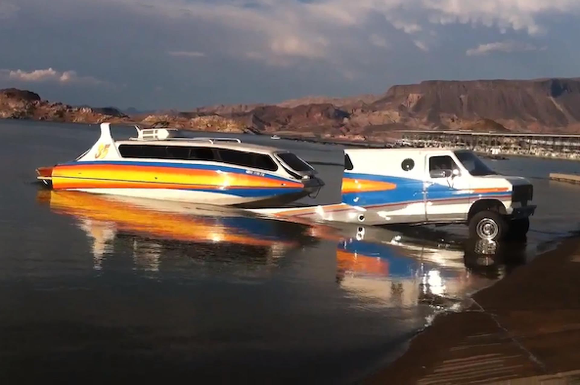 Boat, RV, SUV Combo is a Wealthy Redneck's Dream