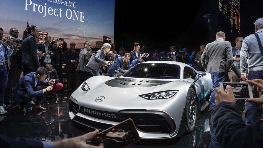 Videó: így lesz F1-es Mercedesből közúti Project One