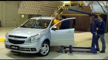 Mudança de última hora: Chevrolet adiciona ar-condicionado e vidros elétricos de série no Agile LT