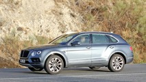 2017 Bentley Bentayga diesel spy photo