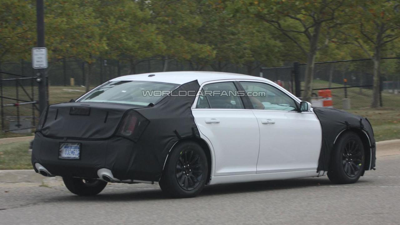 2012 Chrysler 300 prototype spy photo