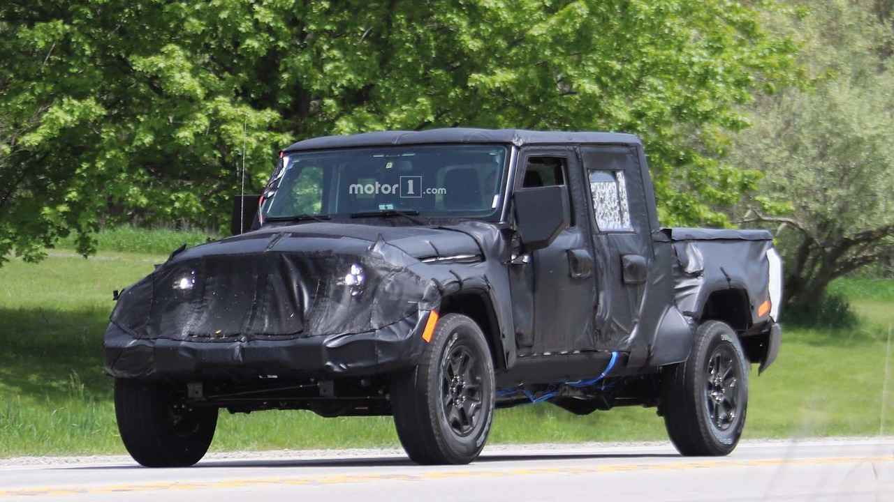 2019 jeep scrambler pickup truck getting removable soft top. Black Bedroom Furniture Sets. Home Design Ideas