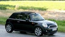 Mini Cabrio Spied