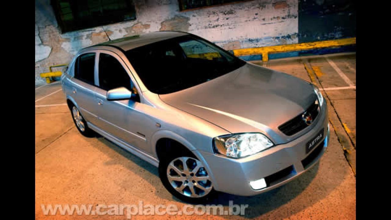 Chevrolet lança o Astra 2009 - Única novidade é motor 2.0 Flex de 140 cv