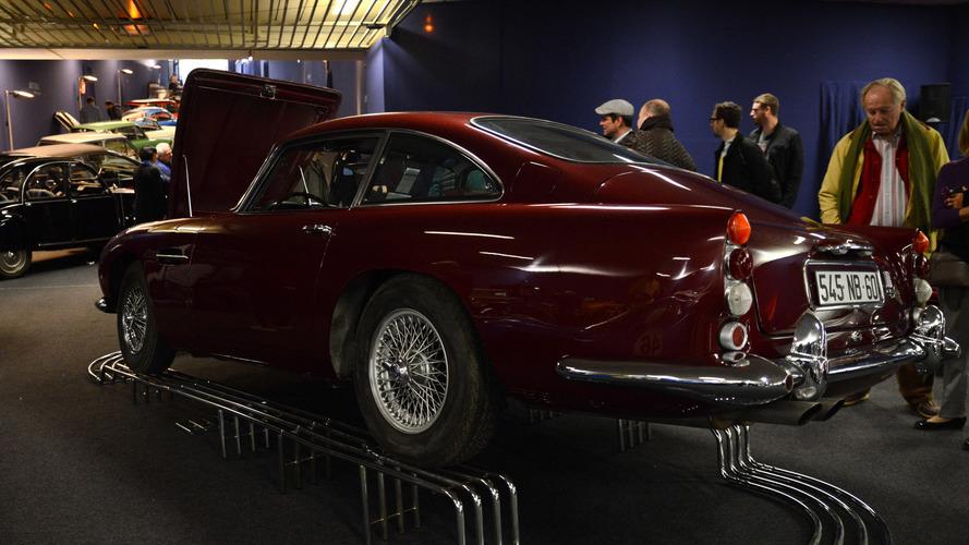 Une Aston Martin DB5 vendue 667 500 euros par Artcurial