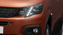 Citroen, Opel e Peugeot, i teaser dei nuovi multispazio