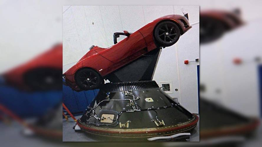 Tesla Roadster Is Indeed Headed For Outer Space, Images Show