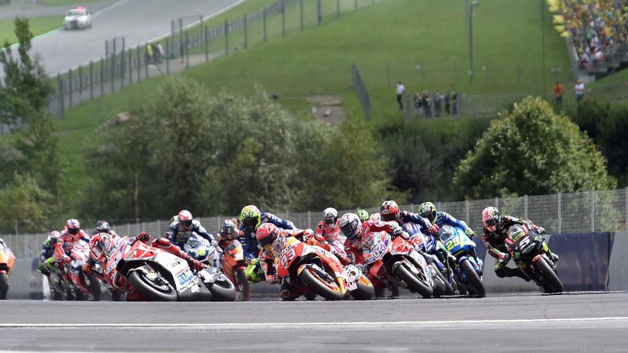 Dovizioso se lleva una batalla bestial con Márquez en MotoGP