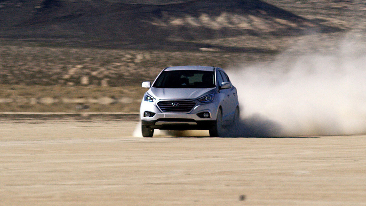 Hyundai Tucson Fuel Cell Sets Land Speed Record