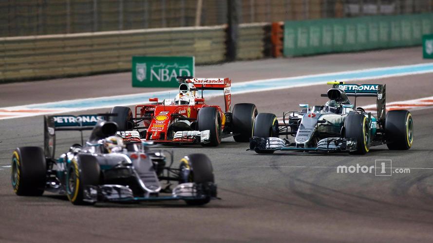 Vettel accuses Hamilton of