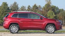 2017 Jeep Cherokee Overland profile