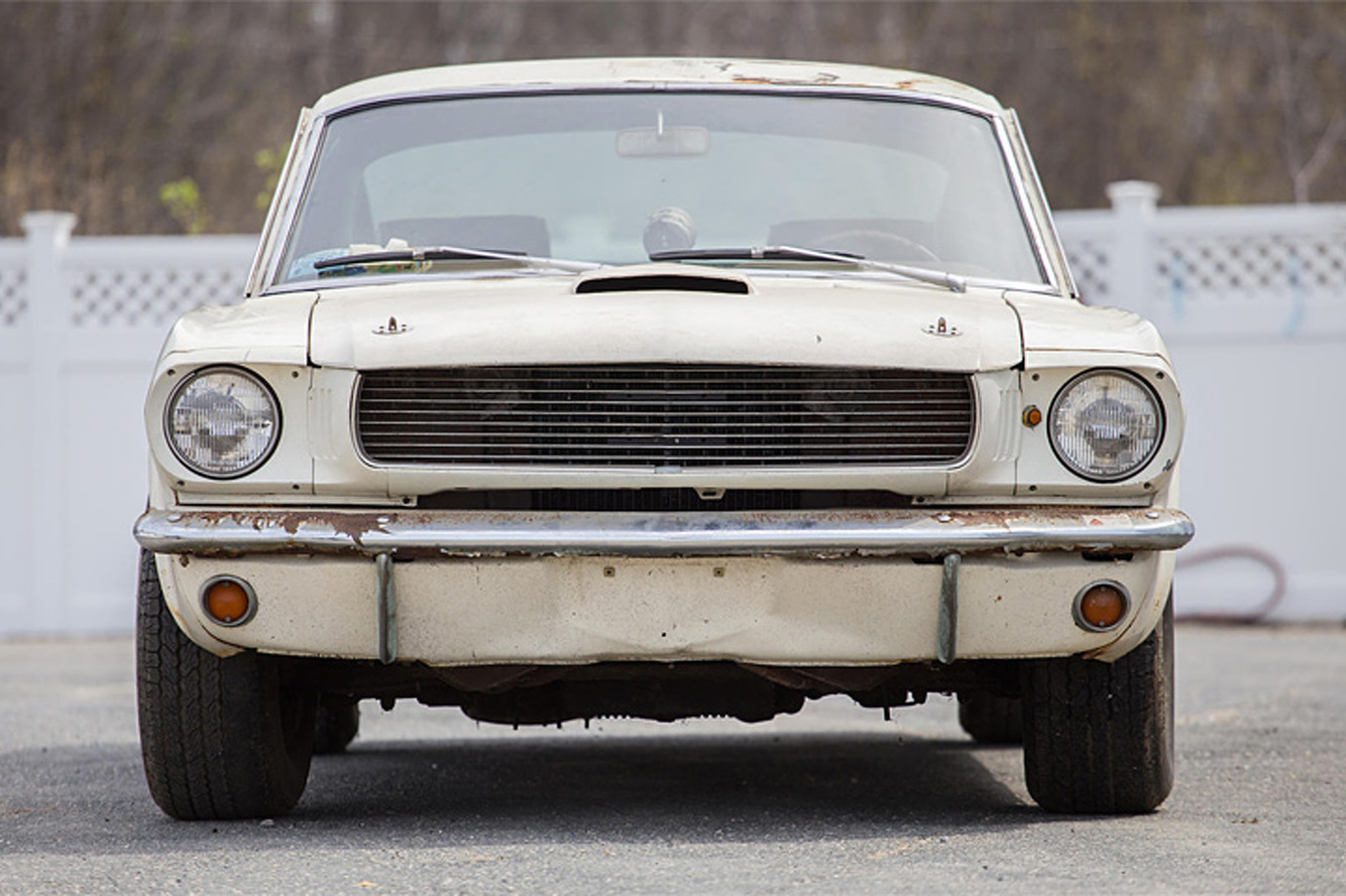 Shelby GT350 Barn Find is a True '60s Time Capsule