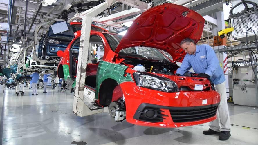 Anfavea - Produção de veículos no Brasil sobe 40% em abril