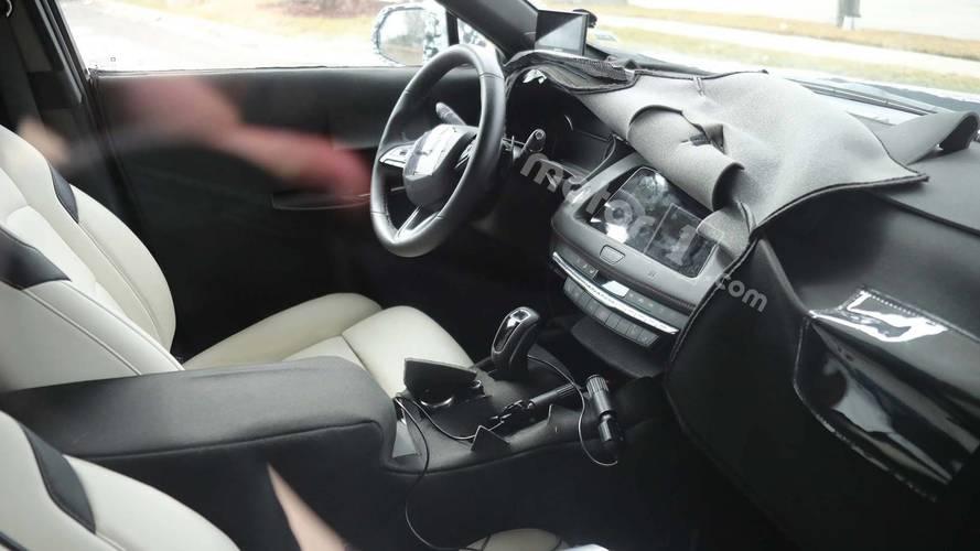 Yeni Cadillac XT4'ün iç mekanı ilk kez görüntülendi