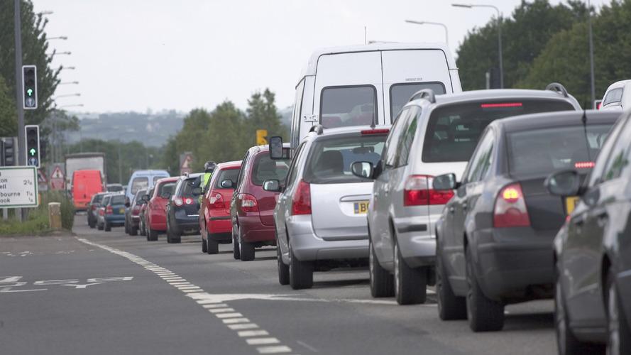 Des feux rouges à l'entrée des autoroutes ?