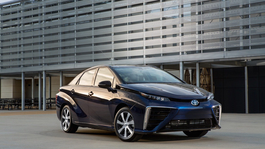 Toyota recalls all Mirai fuel cell cars due to glitch